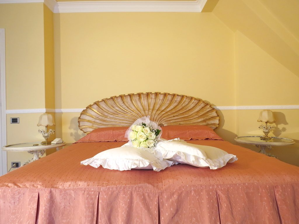Alexandra Wedding loft : camera Elegant
