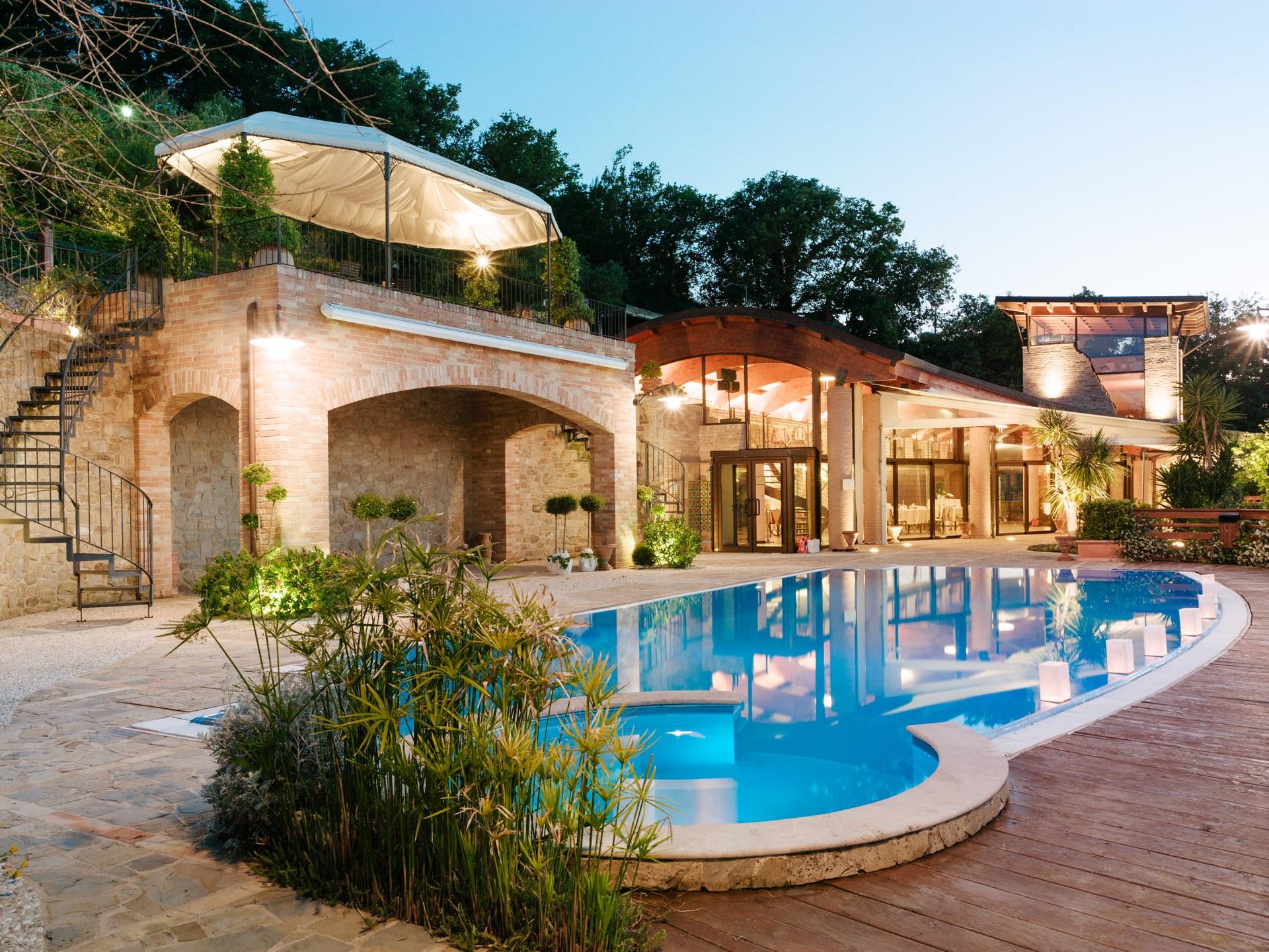 Villa per matrimoni e ricevimenti casa alexis - Piscina in casa ...