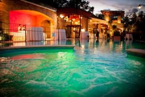 matrimonio in villa con piscina