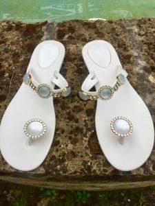 Wedding luxury flip flop www.thebridebyalexis.it